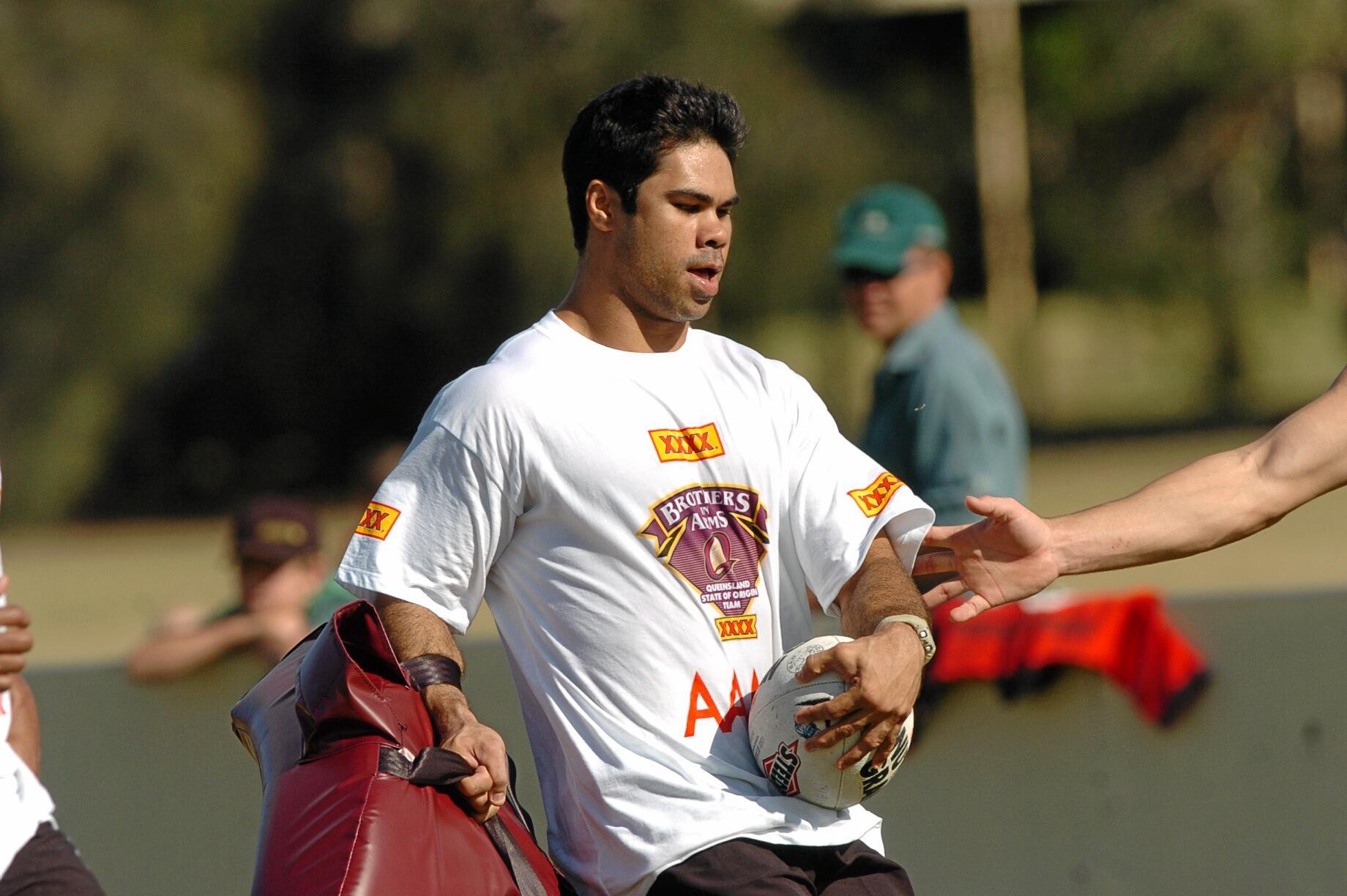 10/06/04           130696bb Queensland's Rugby League State of Origin team training in Brisbane. Matt Sing Photo Warren Lynam