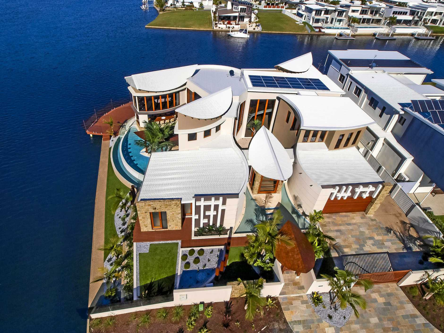 The unique home at 6 Rainbow Lane has been featured on Grand Designs Australia and Australia's Best Homes, and won numerous national awards.