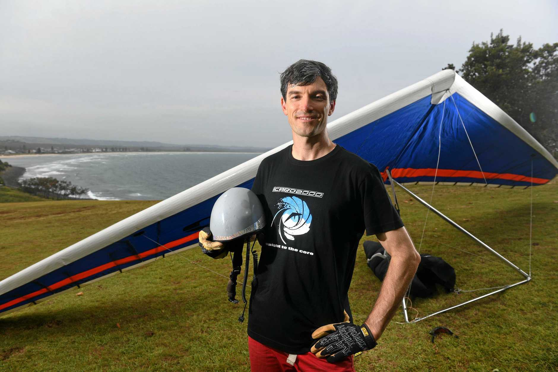 Scott Barett, of Lismore, hangglided 500kn to a declared location to break a national Australian record.
