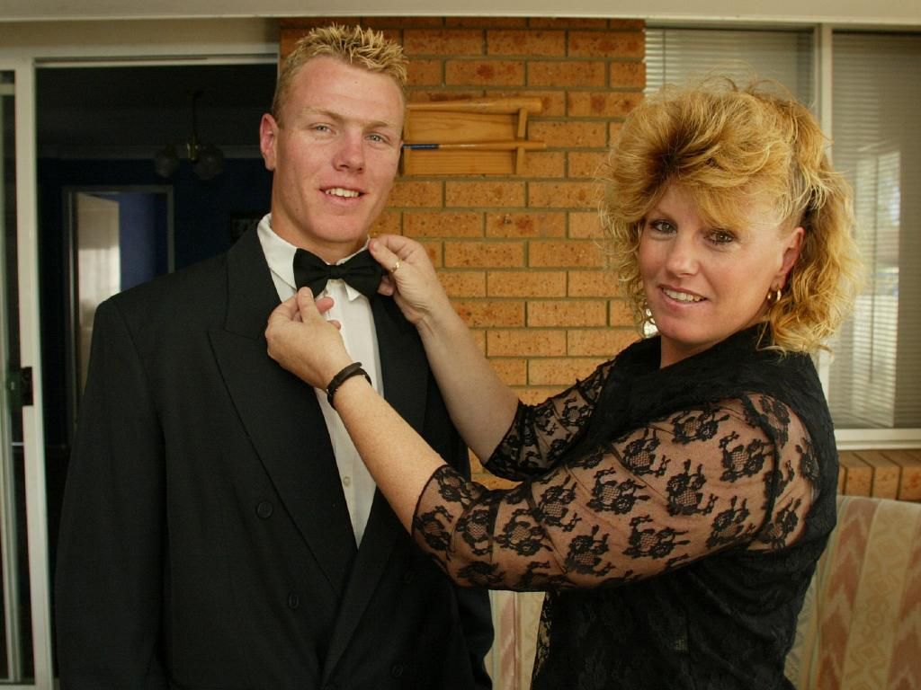 Luke Lewis took his mum Sharon as his date for his first ever Dally M Awards.