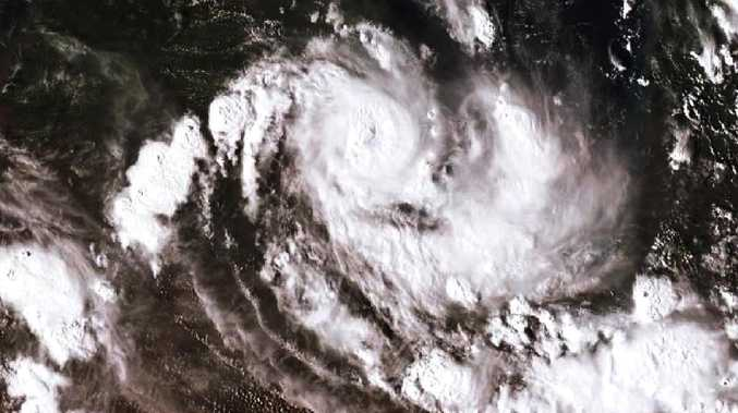 Cyclone Owen to wreak havoc with up to 400mm of rain
