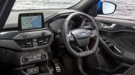 The Focus comes with Apple CarPlay and Android Auto.