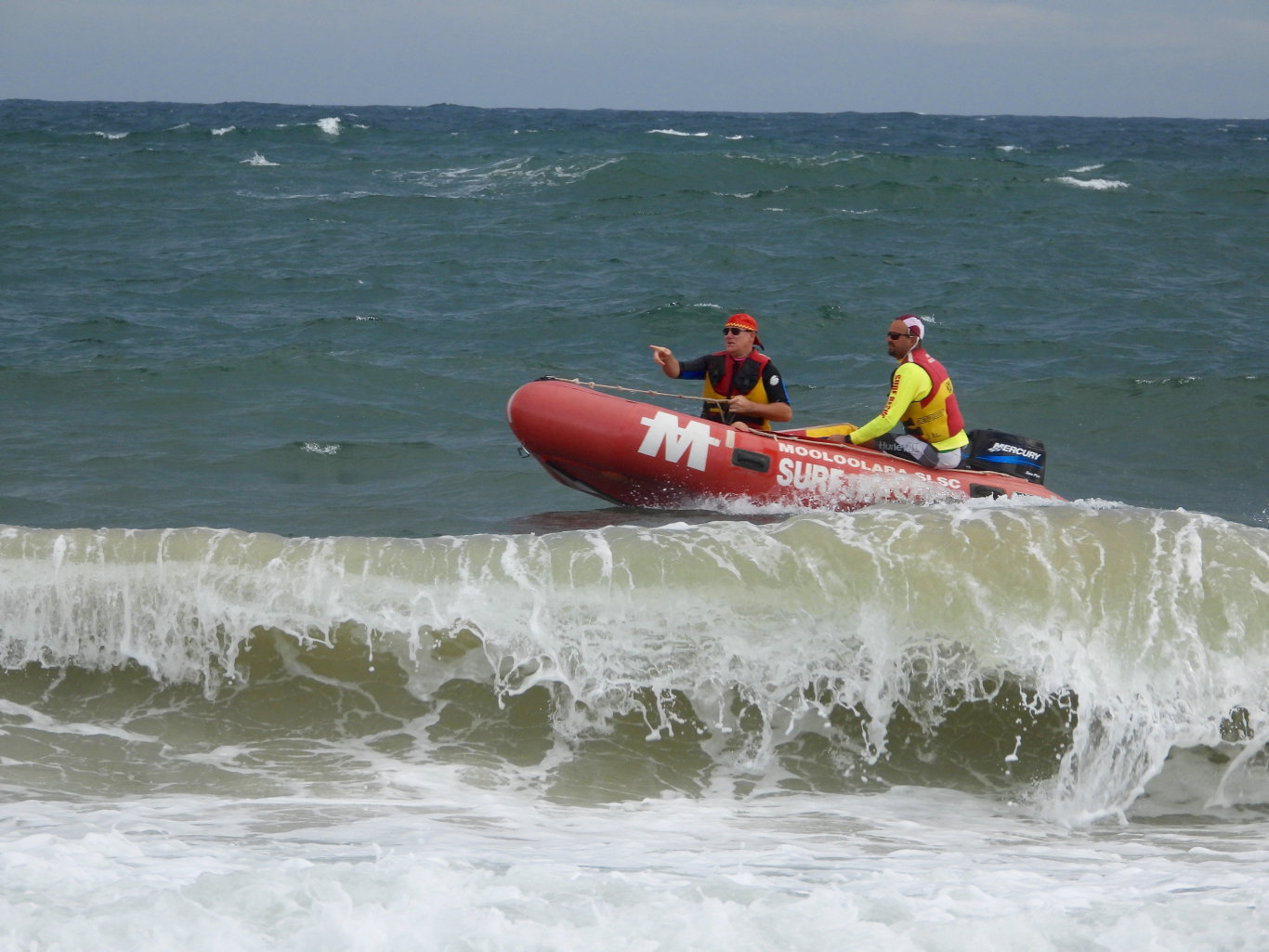 RESCUE DRAMA: Lifesavers in an inshore rescue boat were quickly deployed to the unfolding drama.