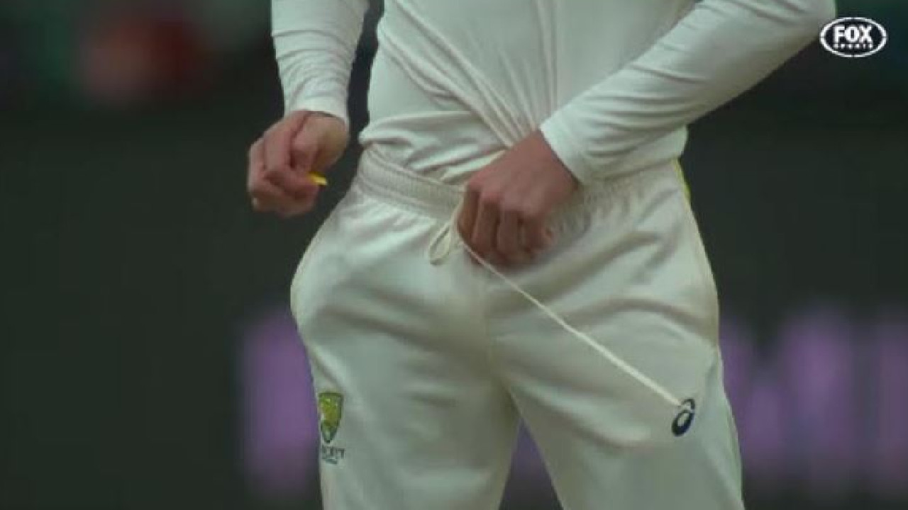 The infamous footage of Cameron Bancroft slipping the sandpaper into his pants.