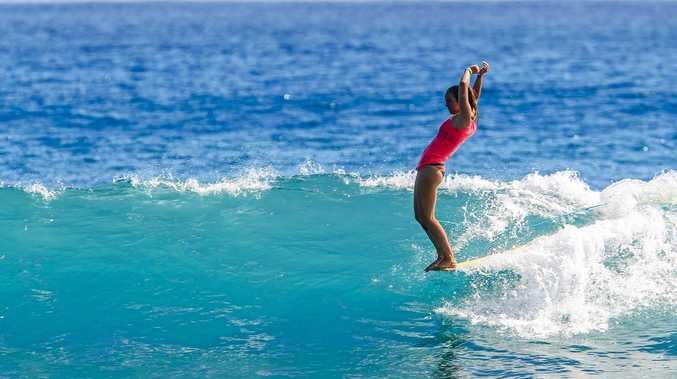 Former World Champion and now World number 2 Rachael Tilly shows her poise and grace hanging ten.