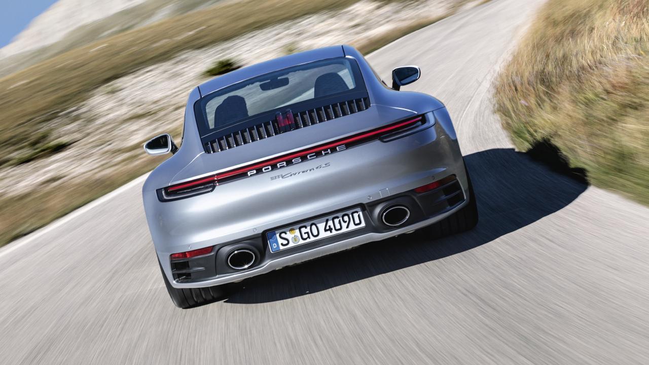 2018 Porsche 911.