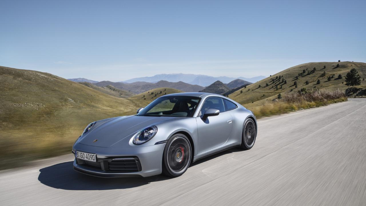 Hitech robots help build the new 911 sports car.