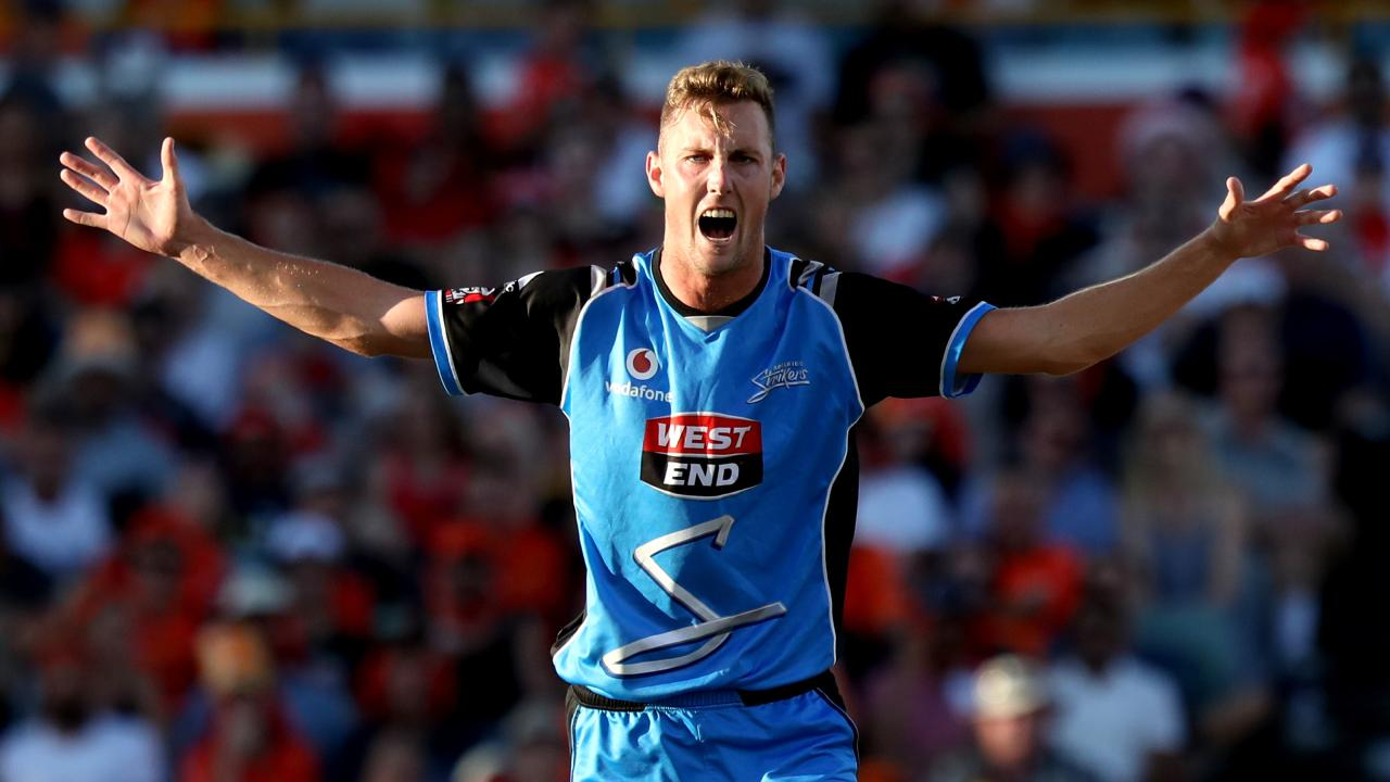 Billy Stanlake in action for Strikers. Picture: AAP
