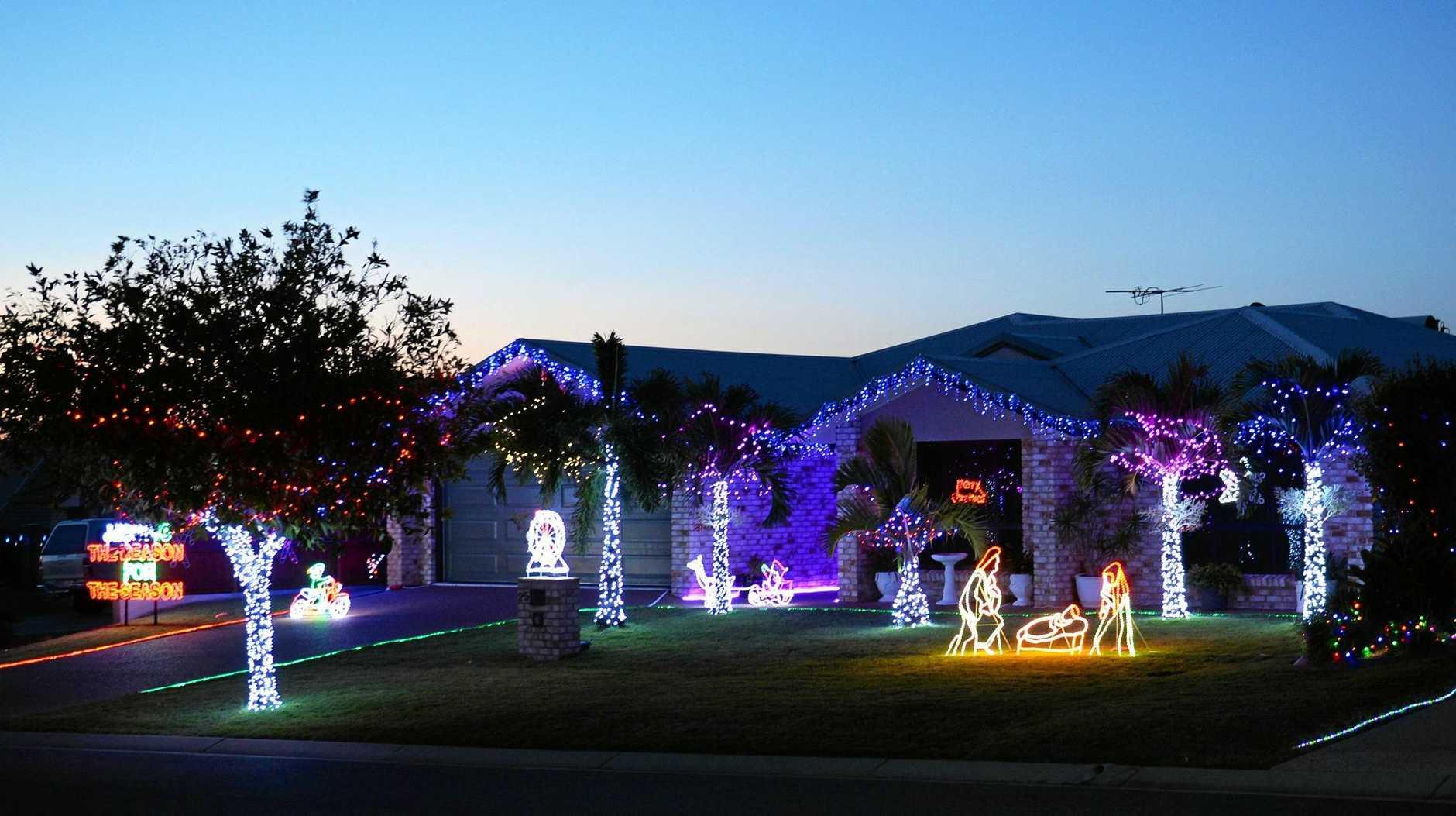 Christmas lights at Walnut Ave.