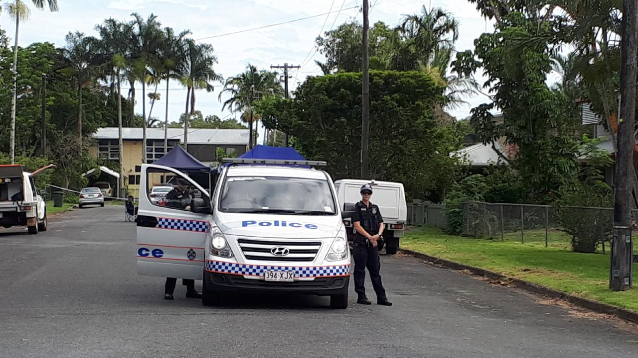 A crime scene has been established on Hunt St, Manunda after police found a body on the street about 4.15am. PHOTO: PETER MARTINELLI