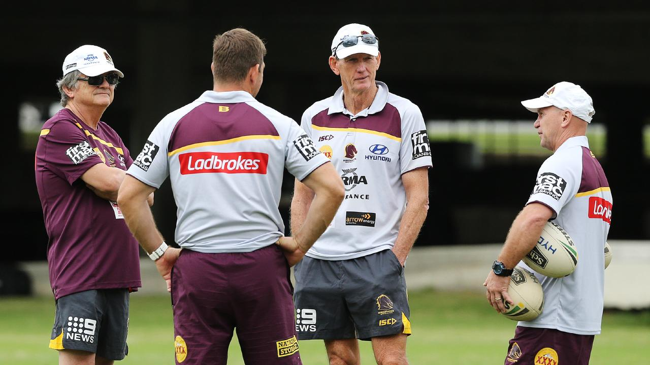 Sports psychologist Phil Jauncey (left) at Broncos training at Red Hill ahead of the game against the Panthers on Thursday (27.04.17). Photo: Claudia Baxter