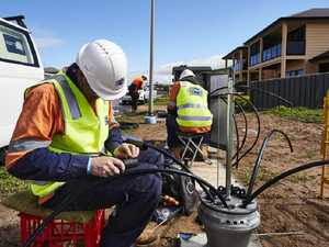 Calls to ditch Turnbull's failed NBN