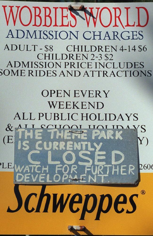 A sign advising Wobbie's World closure. Picture: News Corp Australia