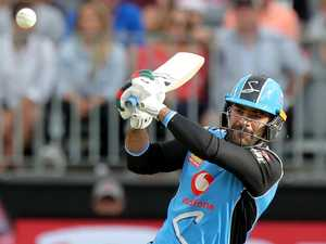BBL best moments: Bat flip backfire, Khan's ridiculous swat