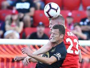 Draw doesn't help Wanderers close gap