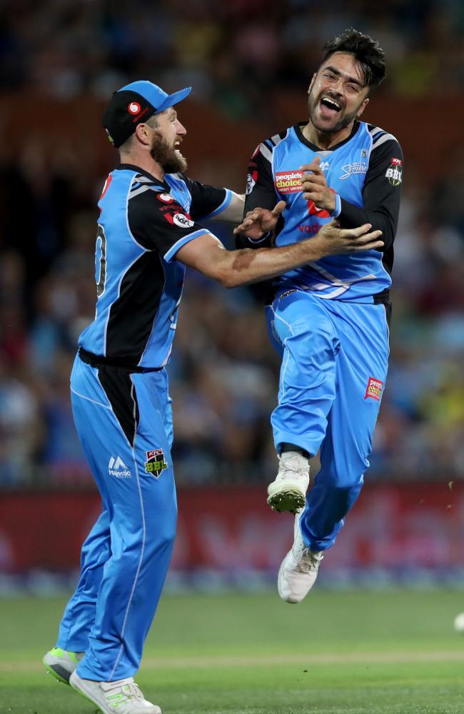Rashid Khan continued his stellar season. (AAP Image/Kelly Barnes)