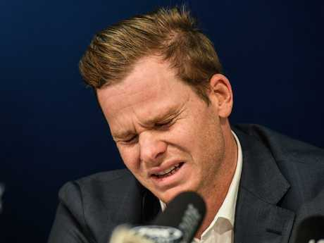 Steve Smith breaks down during a press conference after the ball tampering scandal. Picture: AAP/Brendan Esposito