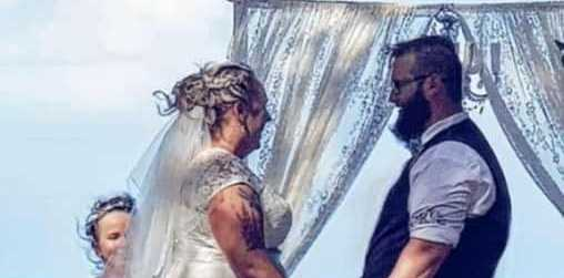 DISTRAUGHT: Sally and Cameron Dewbery had their fairytale wedding yesterday but thieves have left them feeling sick to their stomachs.