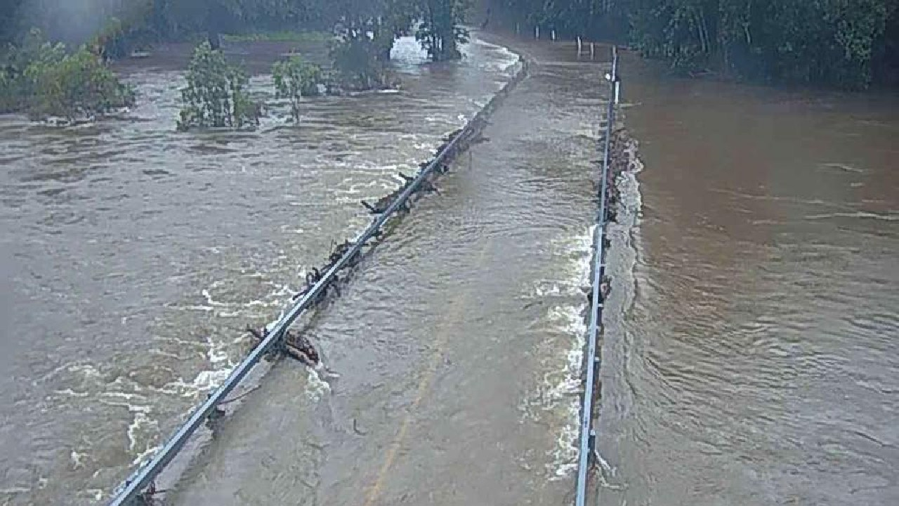Flooding at Peets Bridge, Goldsborough. Picture: Cairns Regional Council