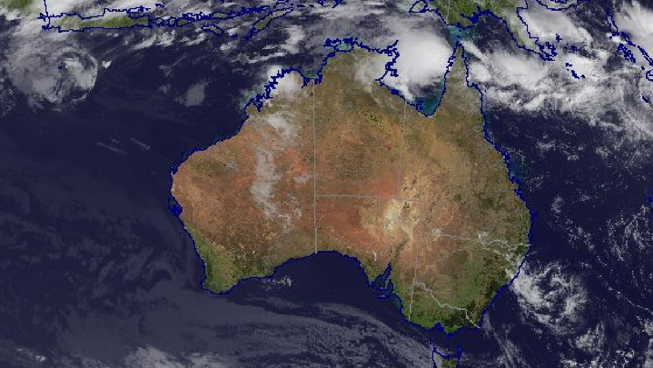Satellite images show Tropical Cyclone Penny as it approaches Weipa on the western Cape. SOURCE: Bureau of Meteorology