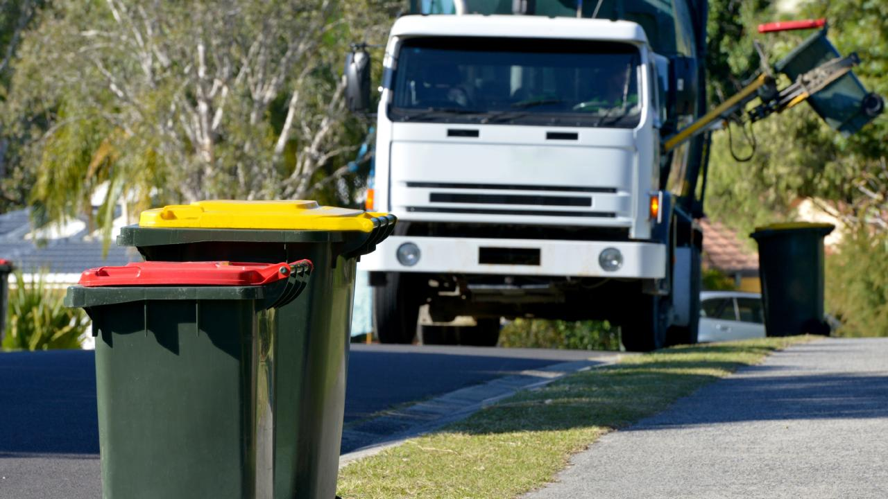 Aussies need more bins than this to dispose of waste properly.