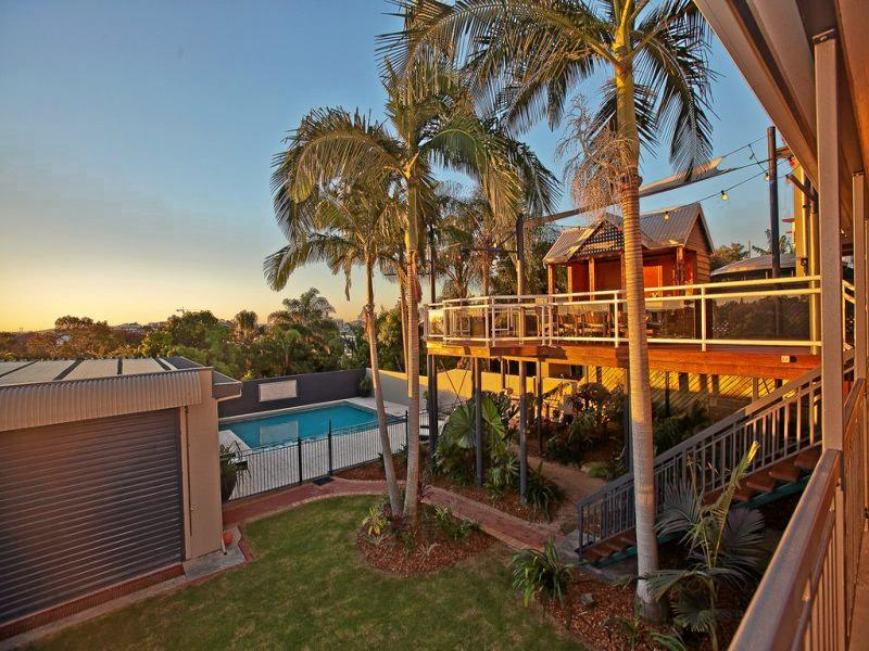34 Eden St in Gladstone Central provides views of the harbour.