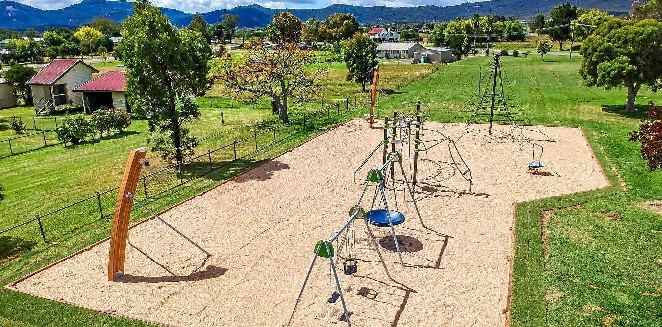 QUESTIONS: Residents raise concerns about lack of public notification about park contamination.