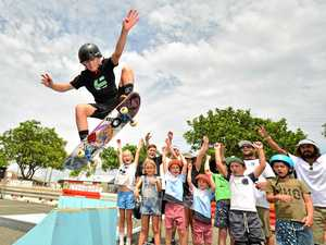 Holiday fun at pop-up skate park has kids learning from pros