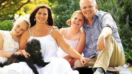Scott Morrison's family portrait...and Photoshopped shoes