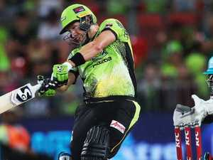Lynn, McCullum blast EIGHT sixes to down Thunder