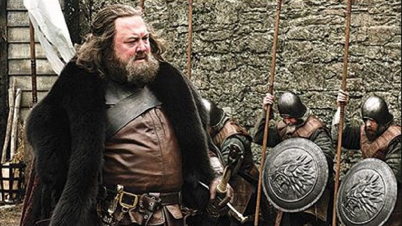 The late Robert Baratheon received the same welcome.