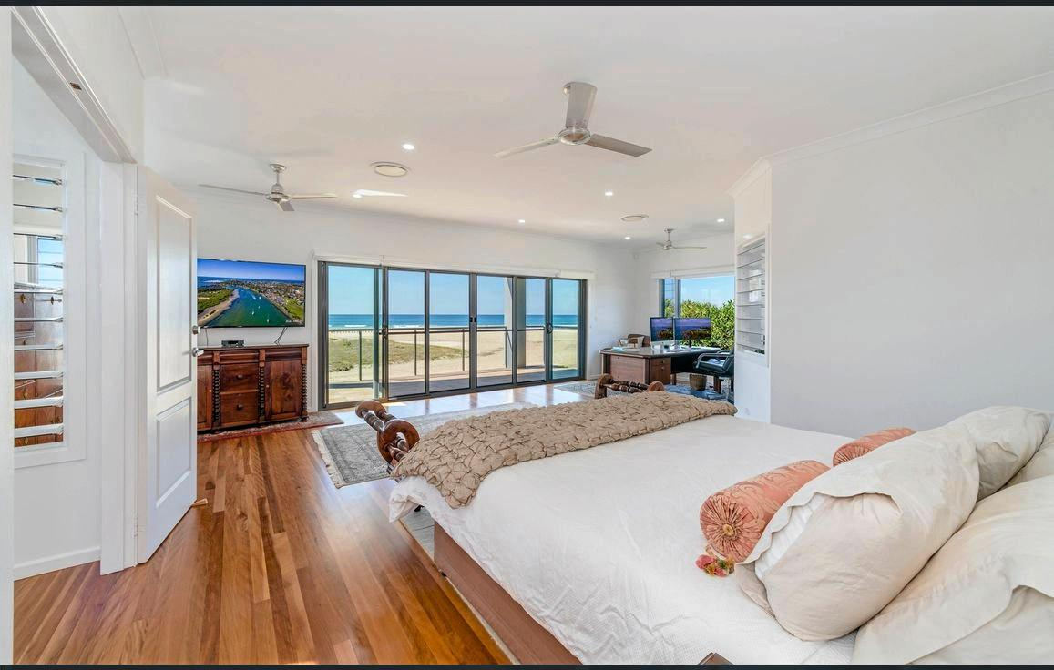 15 Ocean Road, Brooms Head