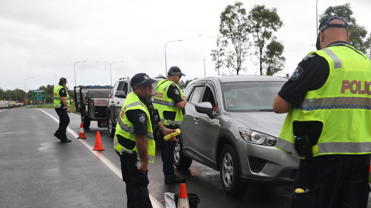 Police conducting Roadside Breath Testing on Des Chalmeres Rd, Woree on Christmas evening. PICTURE: STEWART MCLEAN