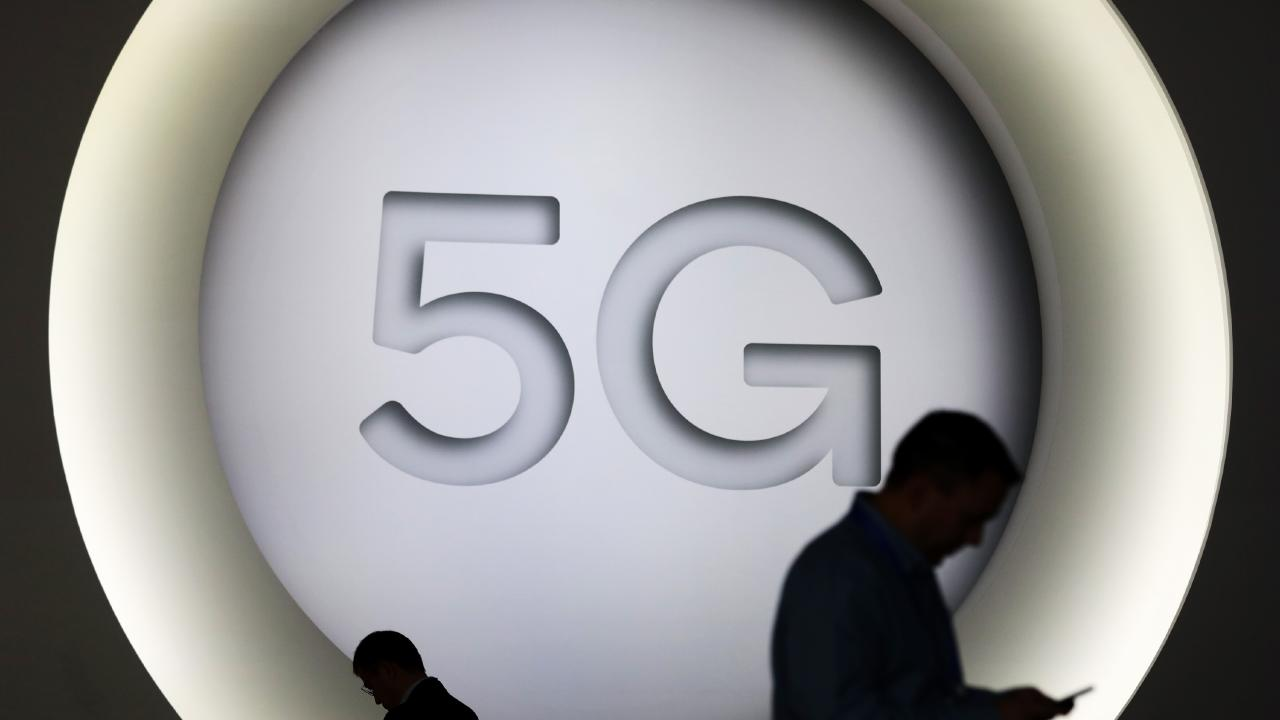 5G is coming. Picture: Simon Dawson/Bloomberg