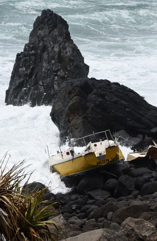 A yacht has been abandoned on the rocks at Burleigh Headland. (Photo/Steve Holland)