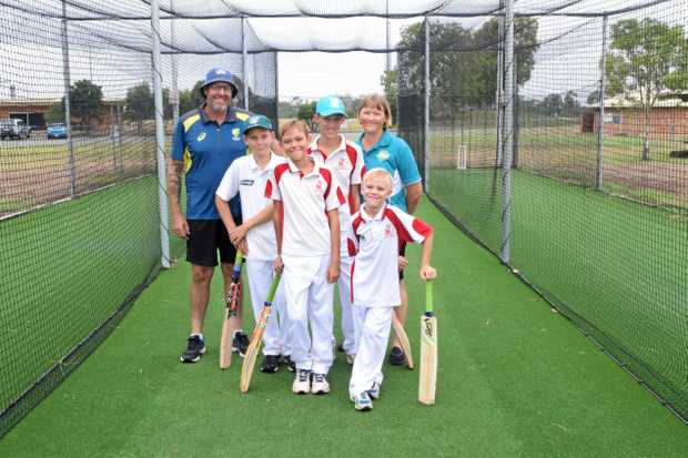 FUTURE BAGGY GREENS: Biloela Junior Cricket club president Darren Hebbard and Junior Blaster coach Cathy White was helping juniors Declan Earl, Lachlan White, Ryan White and Brendan White prepare for the upcoming cricket coaching session with former Australian fast bowler Geoff Dymock next week.