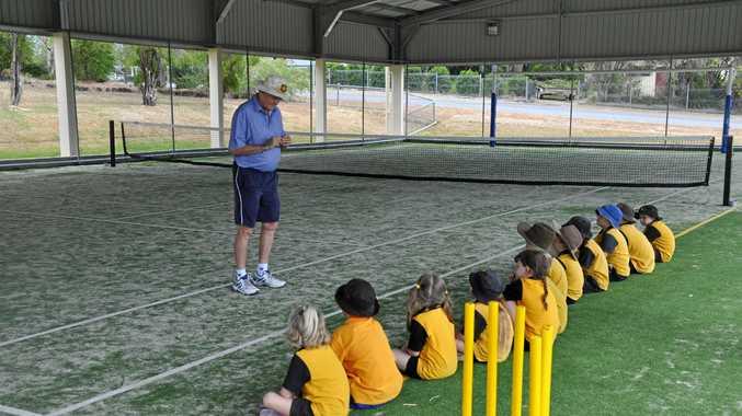 COACHING CLASS: Former Queensland cricketer Geoff Dymock will teach junior players in Kingaroy and Murgon.