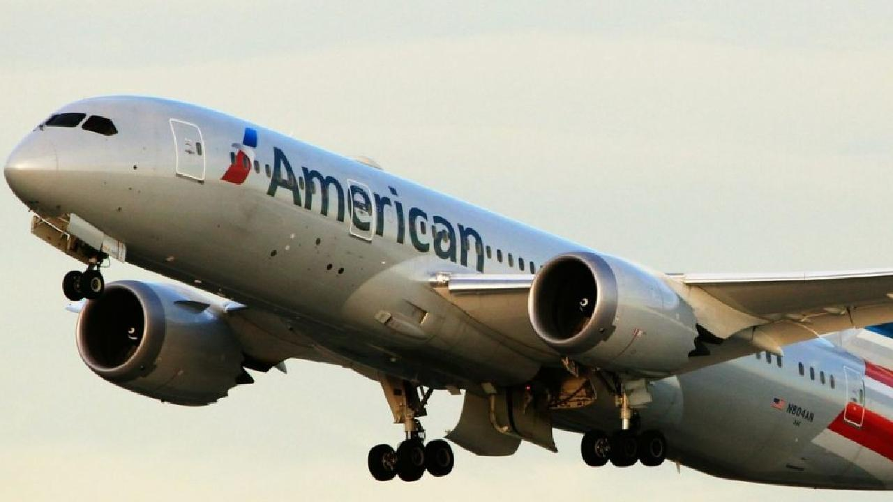 Five American Airlines staff hospitalised after smelling mysterious odour shortly before landing. Picture: iStock