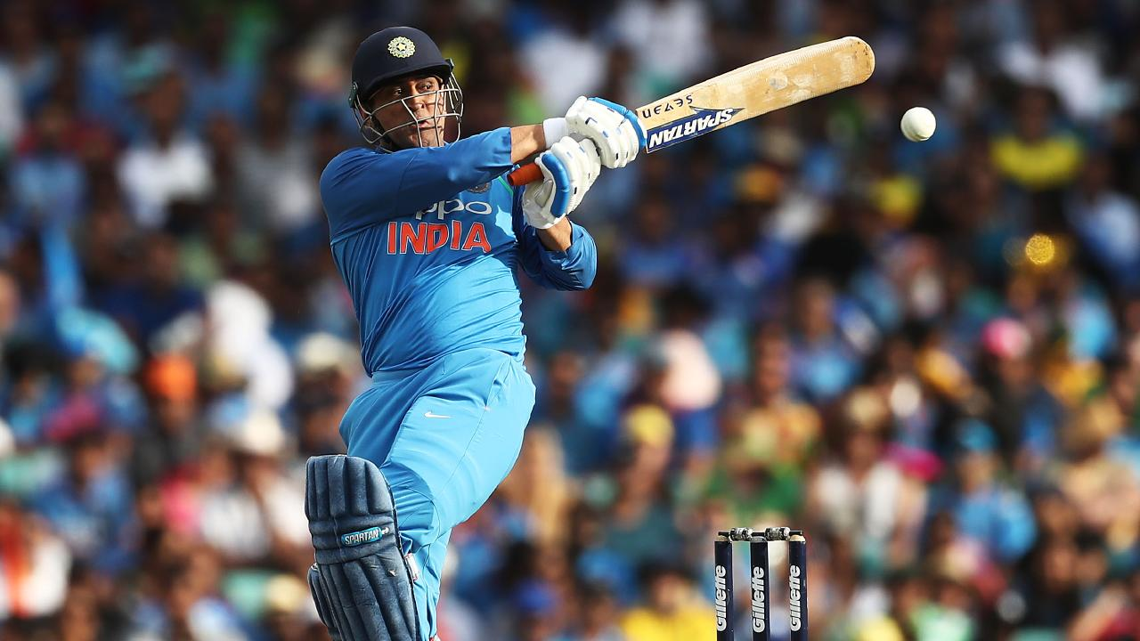 MS Dhoni looked in good touch before his unfortunate dismissal.
