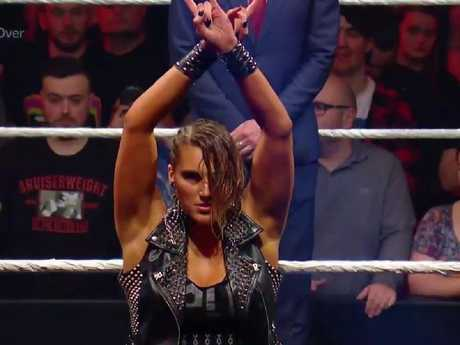 Rhea Ripley came into the match as champion.