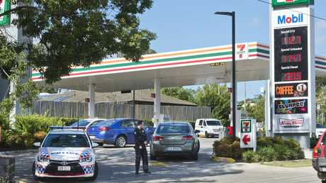 Armed hold-up at 7-Eleven on corner of South St and Drayton Rd. Monday, 14th Jan, 2019.