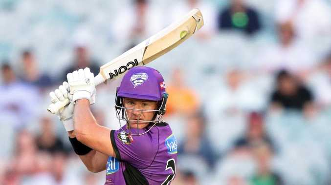 D'Arcy Short of the Hobart Hurricanes during the Big Bash League (BBL) match between the Melbourne Stars and the Hobart Hurricanes at the MCG in Melbourne, Monday, January 14, 2019. (AAP Image/George Salpigtidis) NO ARCHIVING, EDITORIAL USE ONLY, IMAGES TO BE USED FOR NEWS REPORTING PURPOSES ONLY, NO COMMERCIAL USE WHATSOEVER, NO USE IN BOOKS WITHOUT PRIOR WRITTEN CONSENT FROM AAP