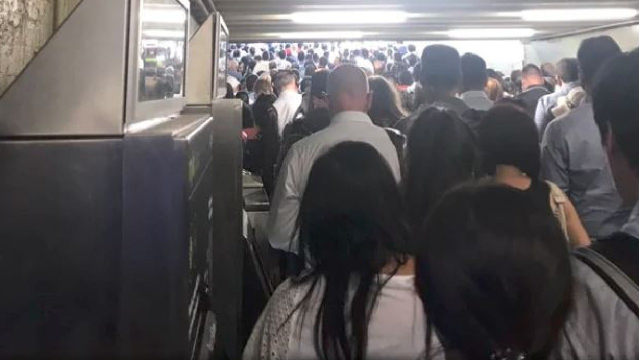 The Cranbourne and Pakenham lines were the worst hit on Monday night. Picture: Twitter: San Chhay