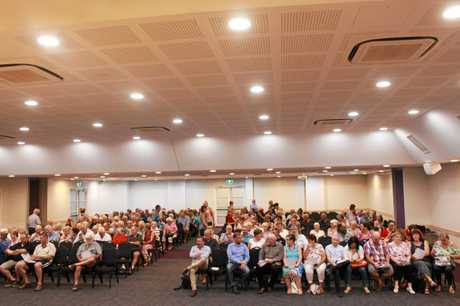 An impressive crowd of more than 258 members showed up at Kings Theatre to have their say on the future of the Warwick RSL Memorial Club.