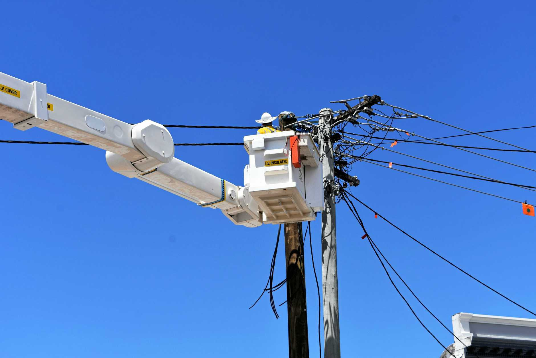 Energex replaces power lines and poles on Upper Mary St Gympie. New apprentices were started today.