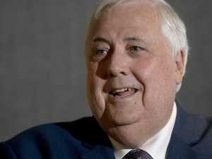 Palmer reveals bizarre boxing glove 'threat'