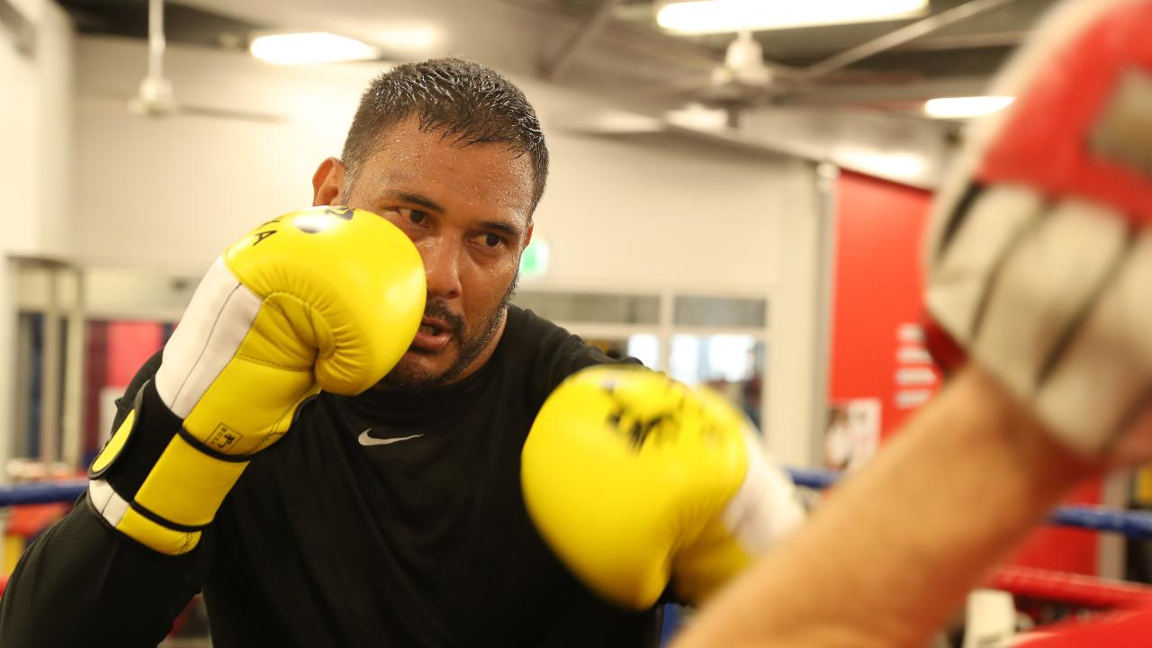 Former Broncos captain Justin Hodges during boxing training at The Boxing Shop gym, Nathan. Photo: Liam Kidston.