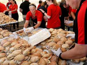 World record brekky roll cook-up