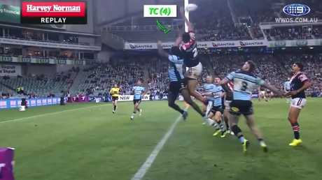 Tupou would actually lose points here, earning a Try Contribution instead of a Last Touch Assist.