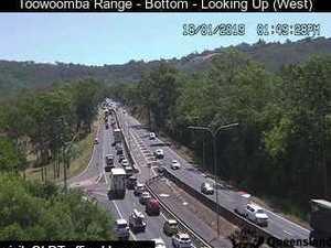 Truck breakdown causes Toowoomba Range gridlock